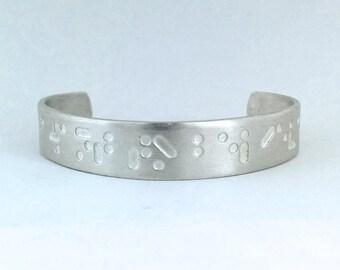 """U bracelet """"I want to believe"""" Braille"""
