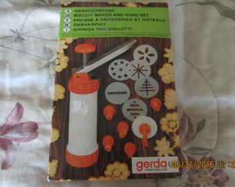 Vintage Biscuit, Cookie Maker and Icing Set, Gerda, Complete Set in Box, Vintage German