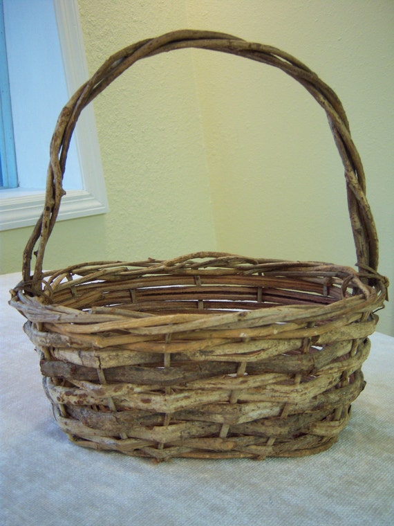 How To Weave A Basket Out Of Twigs : Handmade vintage grapevine and twig basket decorative