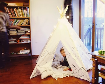 Kids Teepee Tent Play House Black-and-White ornament + Poles