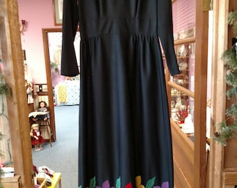 Festive Vintage Black 70's Maxi Dress size 12