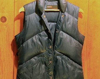 1970's Down Insulated Vest / Vintage Sears Ted Williams Navy