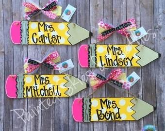 Pencil Door Hanger / Teacher gift /  Pencil / Back to School / Teacher appreciation / Classroom Decor / gift for teacher / decoration