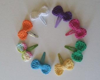 Girls Crochet Hair Bow Barrettes, Set of 8. Valentines Gift.
