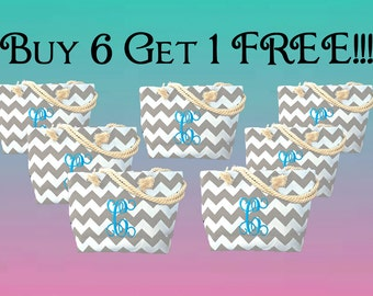 Bridal Party Totes-Set of Wedding Totes-Maid of Honor Tote-Set of 7 Totes-Get 1 Free Tote-Personalized Set of totes-Totes on Sale