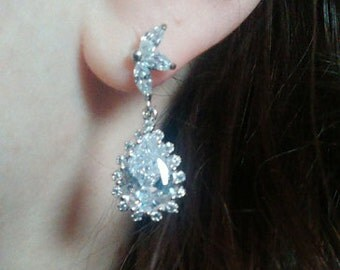Crystal and silver bridal earrings - Teardrop earrings - Wedding earrings - Bridesmaids earrings gift - Cubic crystal drop earrings