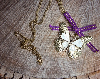 Butterfly Necklace ~1 pieces #100414