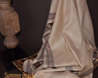 Handloom cotton woven scarf