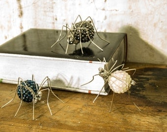 Three creepy beaded spiders , halloween spider , free shipping
