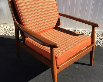 Vintage Baumritter style danish modern lounge chair