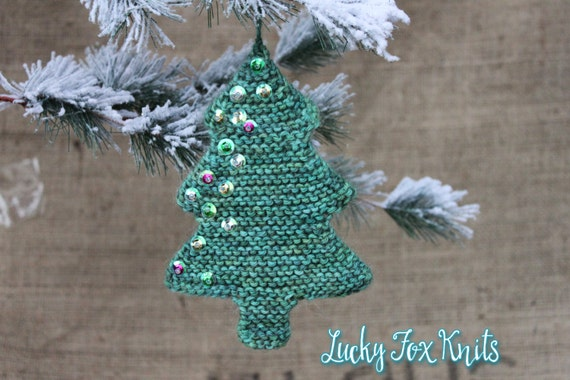 Easy Knitting Pattern For Christmas : Knitting pattern easy christmas tree ornament by luckyfoxknits