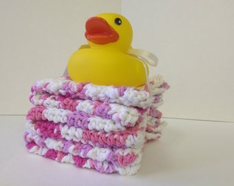 Baby Girl pink Wash Cloths, Rubber Ducky, baby face cloths, Cotton wash cloth set, Crochet wash cloth set