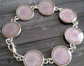 Beautiful pinkish glitter bracelet