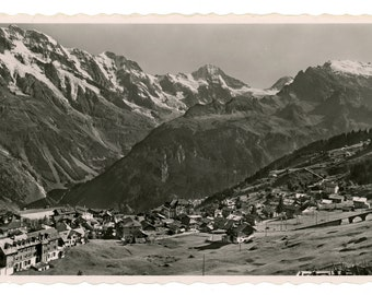 Mürren- vintage real photo postcard- RPPC- Mittaghorn, Grosshorn, Breithorn, Tschingelhorn, Tschinglegrat- original vintage photo