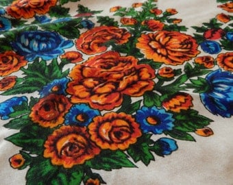 Vintage scarf, wool scarf, shawl with flowers, white, vintage scarf, vintage scarf Ukrainian, Russian scarf, vintage style