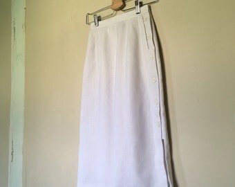 Vintage White High Waist Linen Like Pencil Skirt w/ Buttons & Pockets by Ashley Ryan