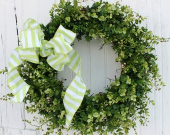 Boxwood Wreath, Outdoor Wreath, Chartreuse Green Wreath, Front Door Wreath, Spring Wreath, Summer Wreath,  Year Round Wreath, Wreaths