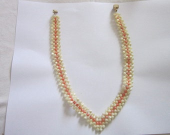 Vintage White & Pink Mother of Pearl Beaded Necklace