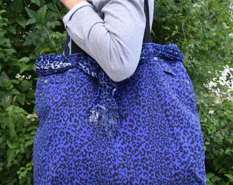 Jaguar Bag / Comfortable Urban bag / Everyday shoulder bag / Jeans Tote bag / Blue Denim bag / Recycled bag