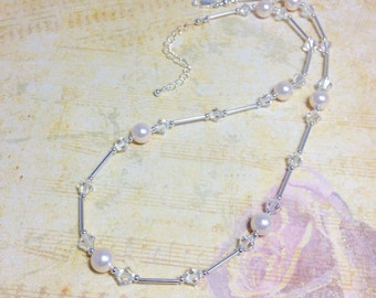 Off White Pearl Necklace,Bridal Pearl Necklace, Wedding Jewellery, Cream Pearl Necklace, Crystal Necklace, Gift For Her.