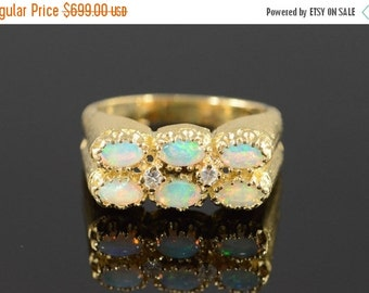 1 Day Sale 14K Vintage 0.72 Ctw Opal & Diamond Textured Ring Size 8 Yellow Gold