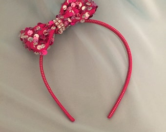 Little girls headband with bling bow