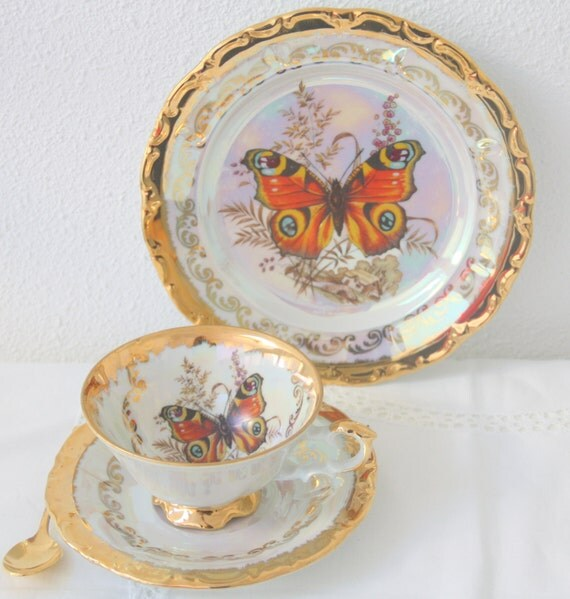 Vintage HK Bavaria Germany Porcelain Tea Trio, Cup and Saucer and Pastry Plate, 22 Karat Gold, Lustreware, Handpainted