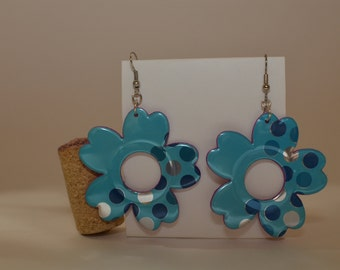 Flower Earrings - made from 'Vintage Original Sparkling Water' can