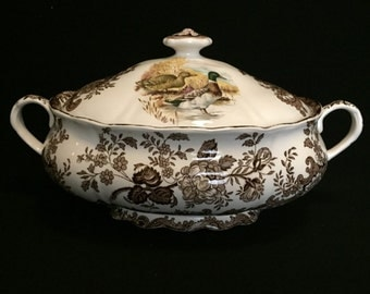 FREE SHIPPING-The Royal Worcester Group-Palissy-England-Est. 1853-Game Series-Birds-Pheasant-Partridge-Soup Tureen