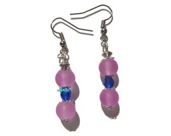 Glass beads, crystal and silver Earrings.
