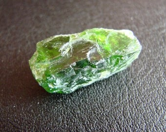 ONE Natural raw Chrome Diopside 2,5 grm