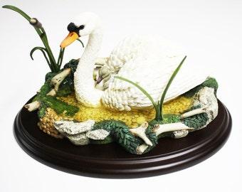 Lenox Swan Figurine, Lenox Motherly Love Swan, Lenox Retired Swan Figurine, Porcelain Swan Sculpture, Swan Figurines, Porcelain Swans, Lenox