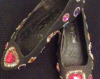 Vintage jewelled flat shoes