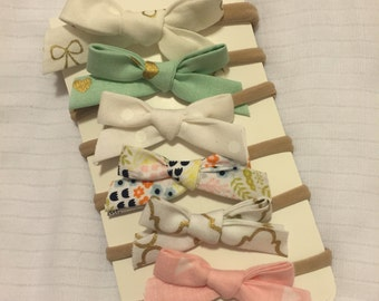Hand-tied Bitty Bows up to 1 year