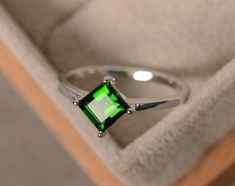 Diopside ring, solitaire ring, chrome diopside ring, sterling silver, green gemstone ring