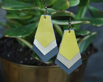 Triple geometric dangle vinyl earrings