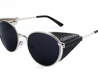 Folding Aviator Style in a Silver Frame
