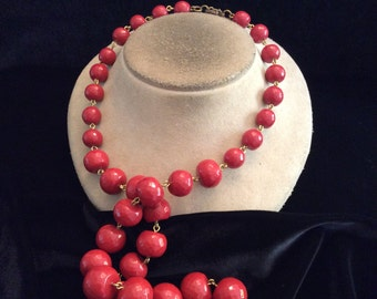Vintage Chunky Long Graduated Red-Brown Beaded Necklace