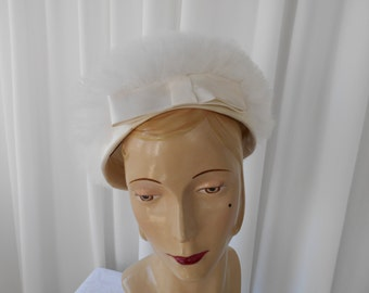 Vintage  White Tulle Toque Hat with Satin Bow 1960's  #20015
