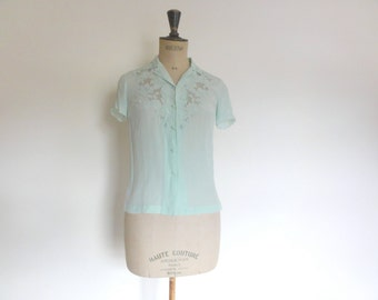 Vintage 1970s hand embroidered silk blouse mint green ~ size XS