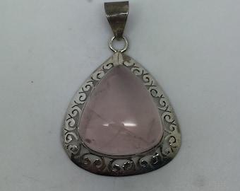 silver pendant with rose quartz stone,rose quartz pendant,rose quartz jewelry,love stone pendant,love necklace,stone pendant,love jewelry