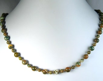 "Rhyolite Necklace Gold 20"""