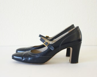 size 8 Vintage Mary Janes Ferragamo High Heel Pumps Shoes