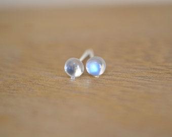 Blue moonstone from Sri Lanka stud earring sterling silver