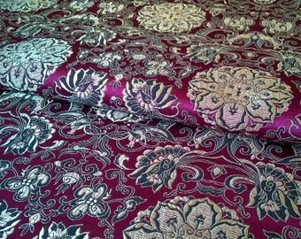 0,5 Meter of Purple Jacquard Damask Fabric Floral Flower Pattern