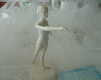The Royal Ballet. From the Young Ballerina series. 1 Franklin Mint Bisque Porcelain ballerina Epaule