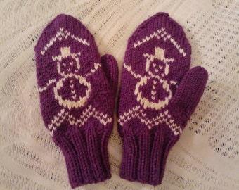 Handmade mittens for children with snowman /  cozy mittens/ very cute mittens/ warm mittens / girls mittens/frozen