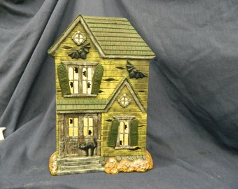 Double sided Haunted House
