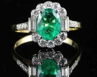 Antique Emerald - Diamond Ring 2.50ct Emerald - 1ct Diamond 18ct Gold