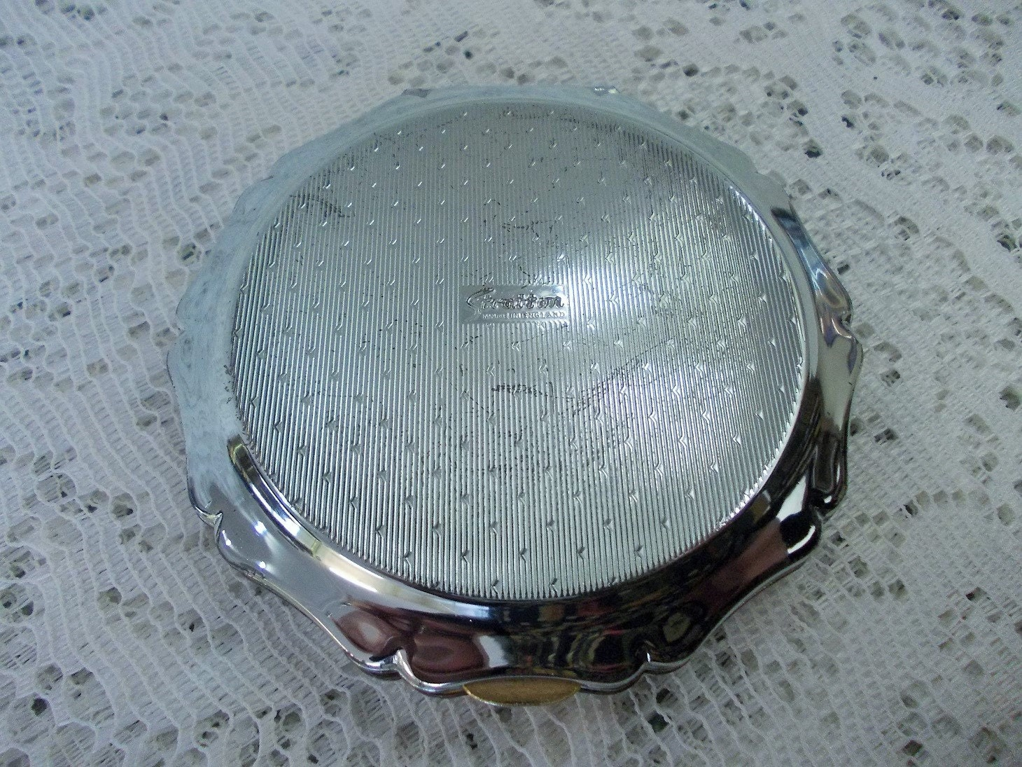 Vintage Stratton Powder Compact Silver Plated Amp Hand